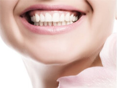 悪い歯並び・咬み合わせの原因と影響